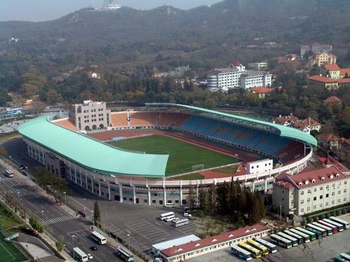 青岛队一直以颐中体育场作为主场