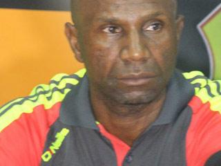 巴坎布入选刚果国家队